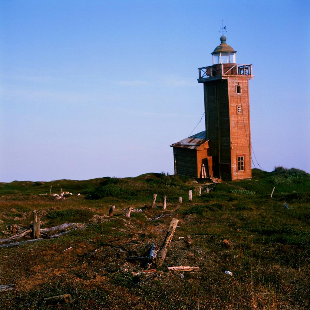 lighthouseguide-whitesea-abramovsky-03.jpg