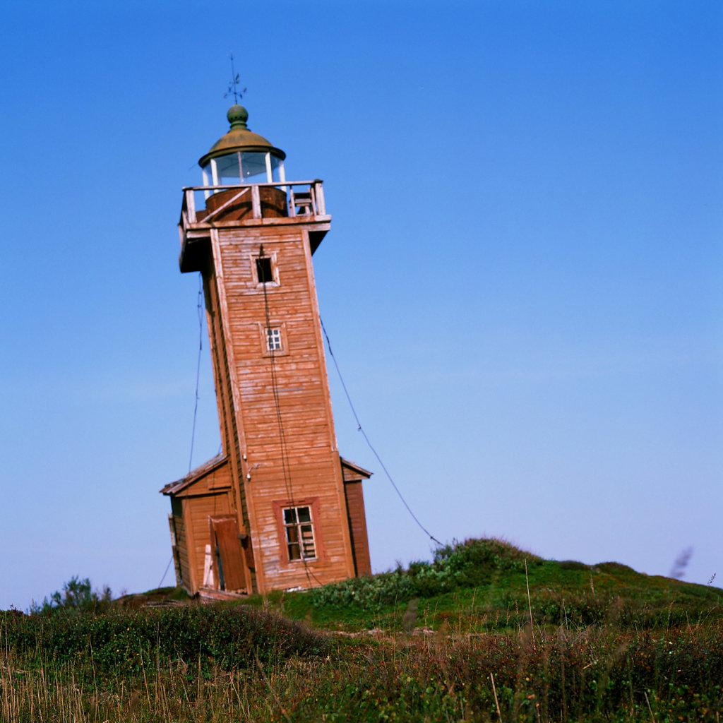 lighthouseguide-whitesea-abramovsky-05.jpg