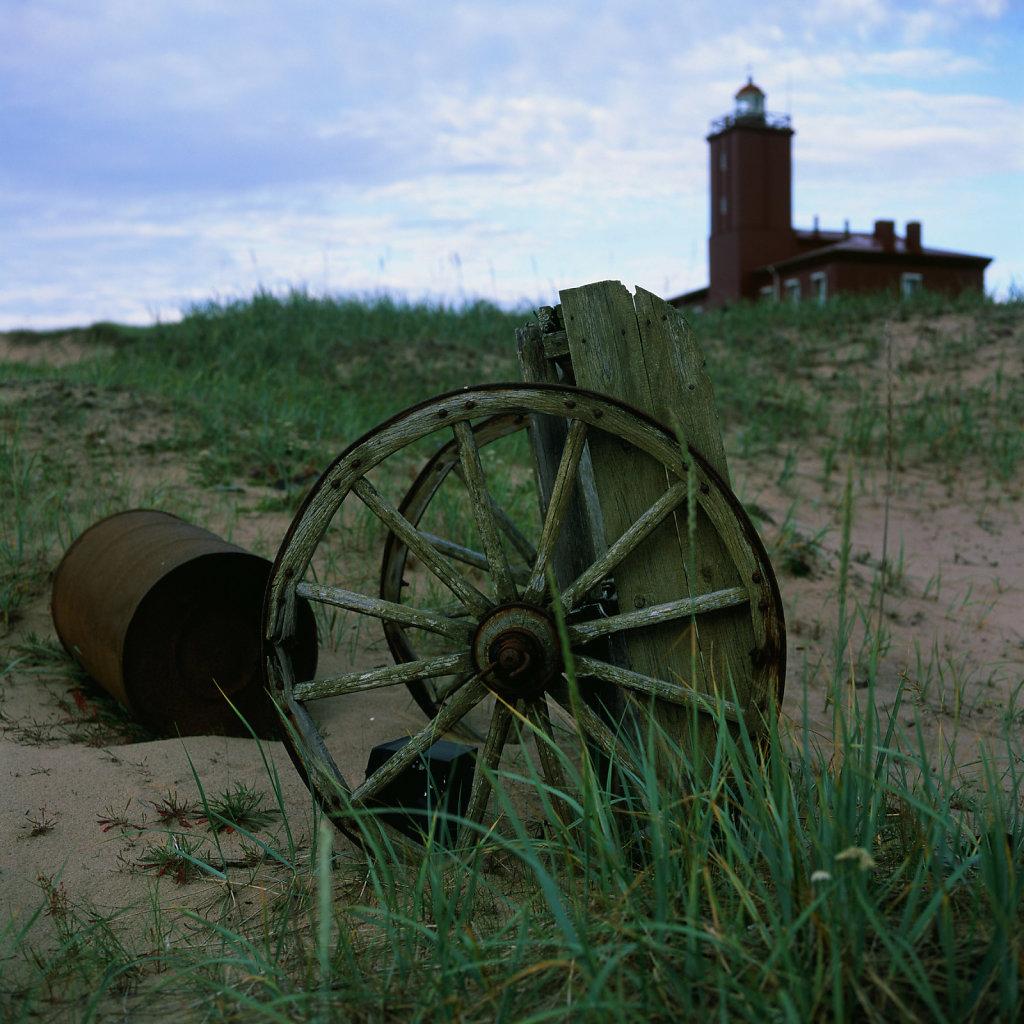 lighthouseguide-whitesea-intzy-02.jpg